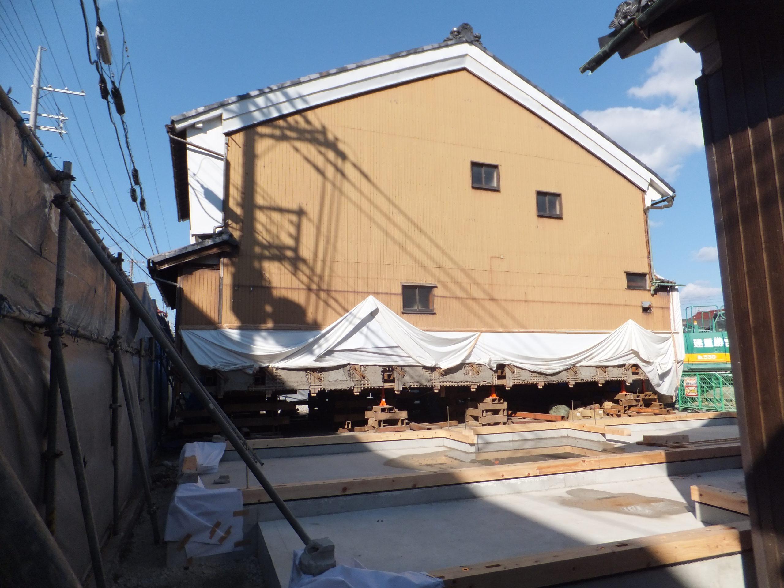 滋賀県長浜市の曳家工事